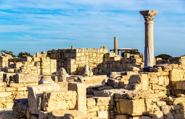Руины куриона, древнегреческого города на кипре Premium Фотографии