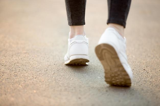 Running feet Free Photo
