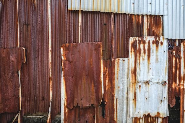 Rusted galvanized iron plate Premium Photo
