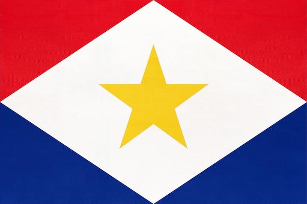 サバ島国立生地旗繊維の背景。国際世界の国の象徴。 Premium写真