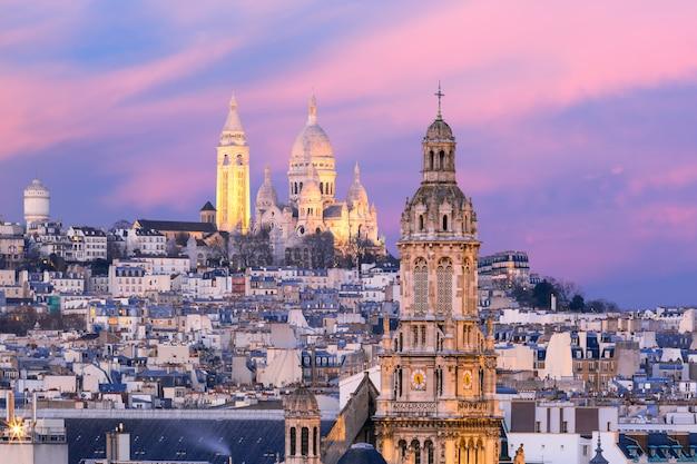 Базилика сакре-кер на закате в париже, франция Premium Фотографии