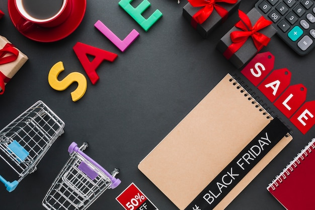 Sale concept with notebook mock-up Free Photo