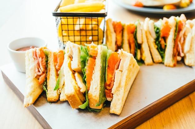 Sandwich chicken Free Photo