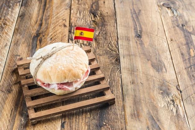 Sandwich of ham Premium Photo