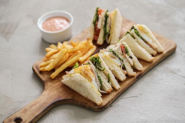 Бутерброды с картофелем фри Бесплатные Фотографии