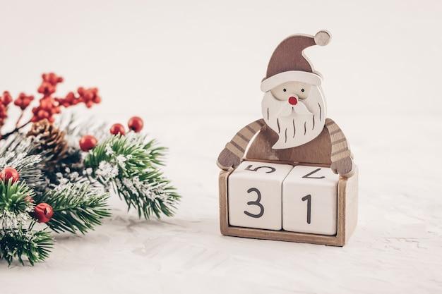 サンタクロースのアドベントカレンダー Premium写真