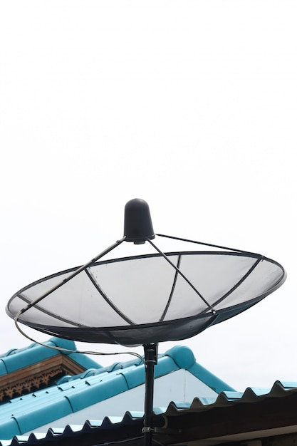 Satellite dish isolate Premium Photo