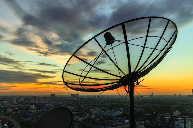 Satellite dish Premium Photo