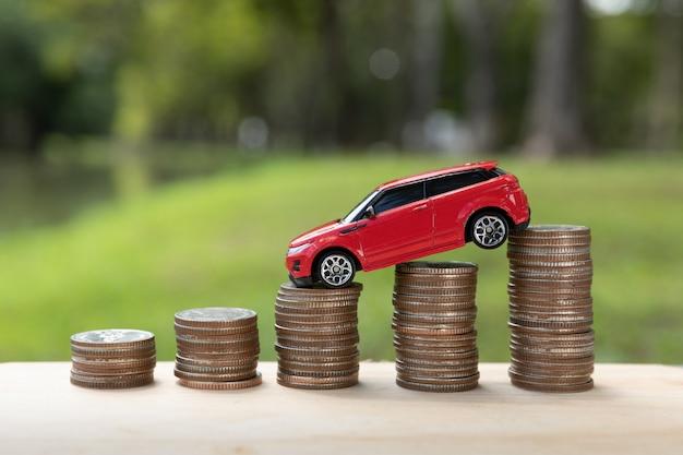 Saving money for car or trade car for cash Free Photo
