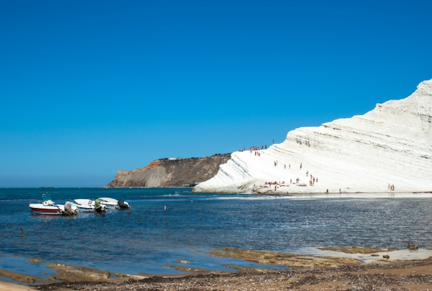 Scala dei turchi beach. agrigento-sicily Premium Photo