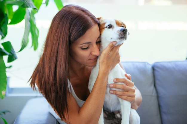 Scared woman with her unhealthy pet Premium Photo
