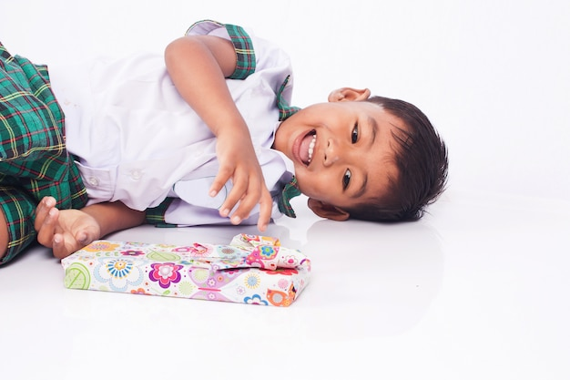 School boy and gift box Premium Photo