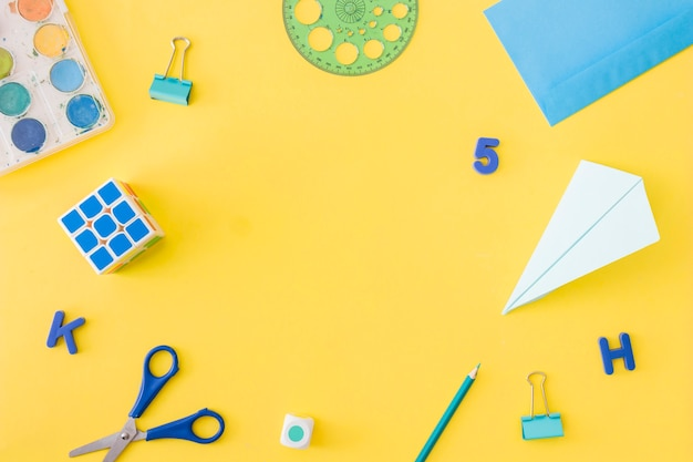 School stationary equipment surrounded blank center Free Photo