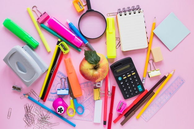 10 porad jak przygotować dziecko na pierwsze dni w szkole lub przedszkolu. Koniec ze stresem!
