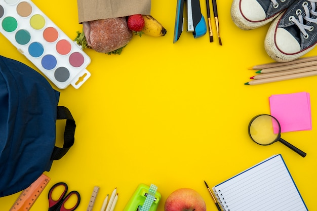 School supplies and stationery in circle Free Photo