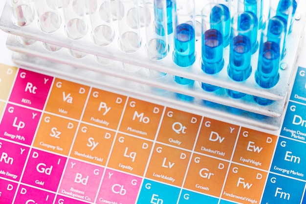 화학 물질 배열이있는 과학 요소 프리미엄 사진