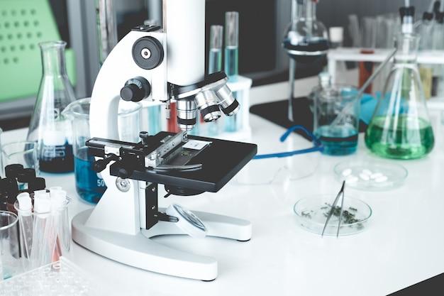 Качественное оснащение лабораторий гарантирует точный результат диагностики