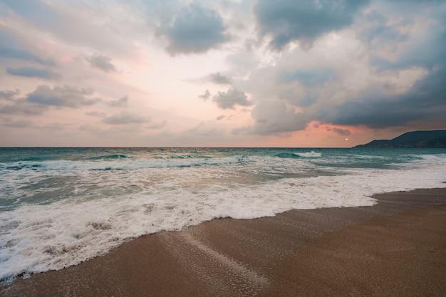 Sea and blue sky background. Free Photo