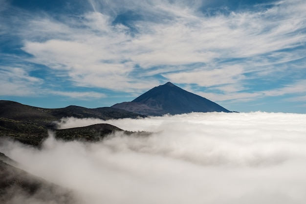 Sea of clouds with the teide volcano Premium Photo