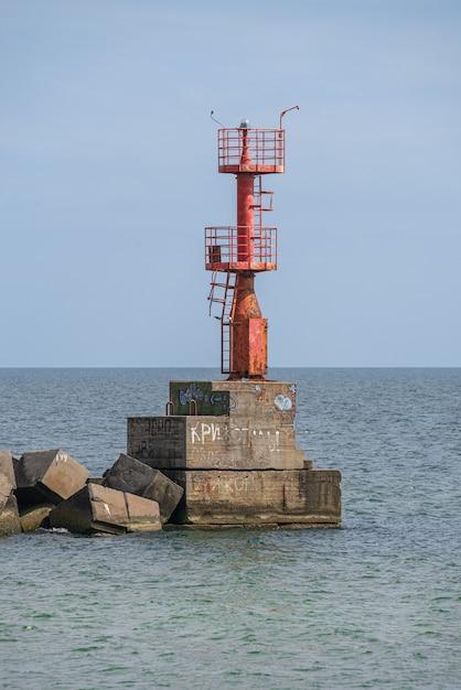 Sea gate lighthouse at adzhalyk estuary Premium Photo