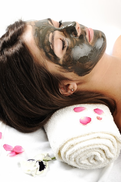 Sea mud mask on the woman's face Premium Photo
