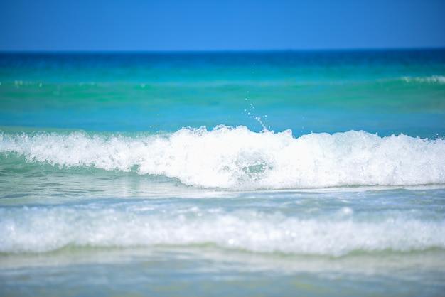 Sea water wave splash Premium Photo