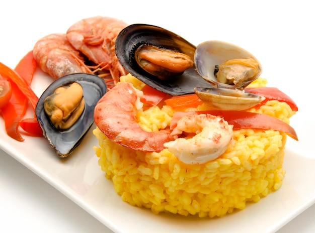Seafood paella on a plate Premium Photo