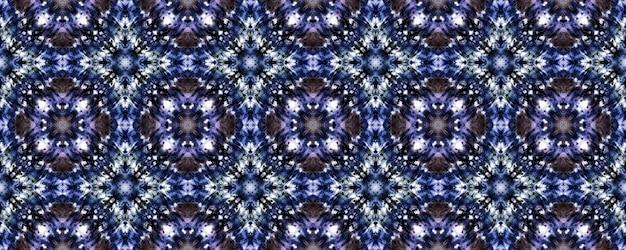 원활한 넥타이 염료 텍스처. 바이올렛 꽃 패턴. 프리미엄 사진
