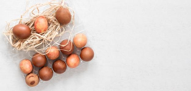 계절 그린 갈색 부활절 달걀 평평하다 무료 사진