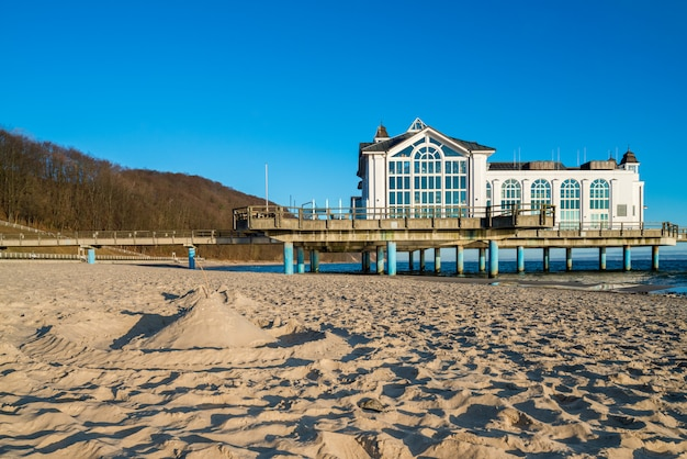 Seebrucke building in sellin on island rugen in northern germany Premium Photo