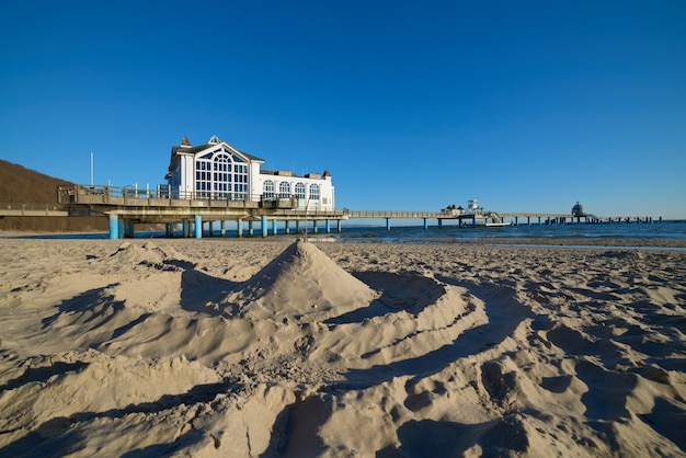 Seebrucke in sellin on island rugen, baltic sea in germany Premium Photo