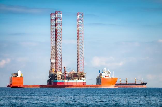 Semi-submersible oil rig vessel Free Photo