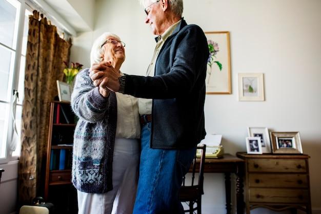 Senior couple dancing together Premium Photo