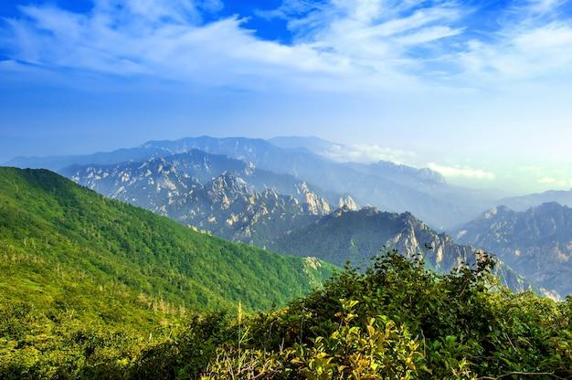 雪岳山国立公園、韓国で最高の山 無料写真