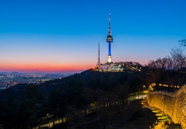 Seoul city skyline,south korea Premium Photo
