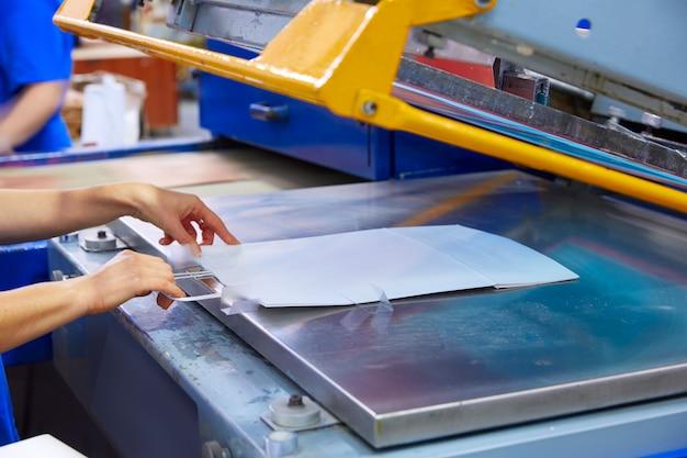 Serigraphy print bags machine printing factory Premium Photo