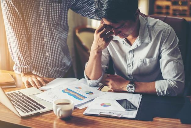 Så hjälper du din stressade kollega