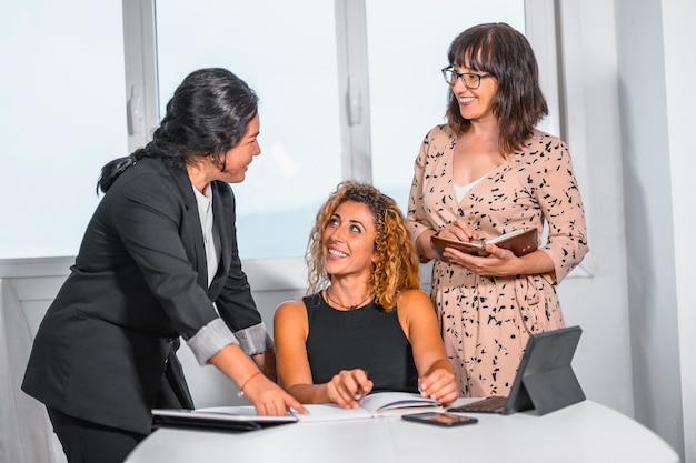 Работа для кавказских девушек крым работа девушками