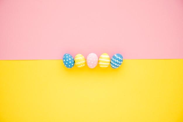 Set of bright eggs Free Photo