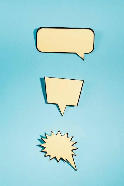 Set of an empty speech bubbles on blue background Free Photo