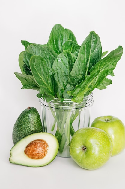 Set for making juice from healthy foods for fitness and weight loss Free Photo