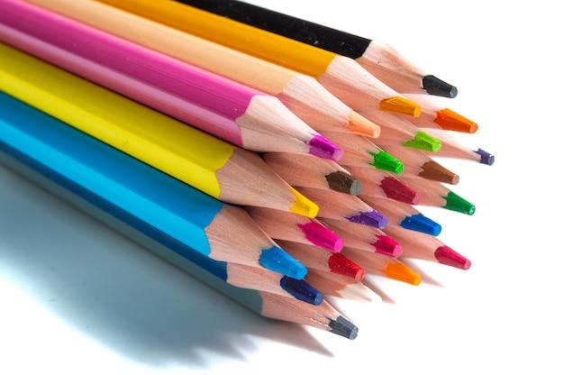 화이트에 색연필 세트 프리미엄 사진