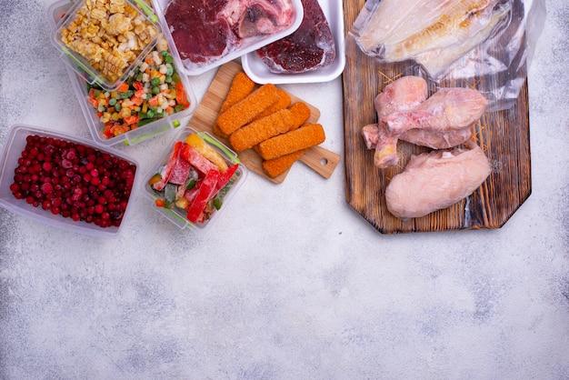 Набор различных замороженных продуктов Premium Фотографии