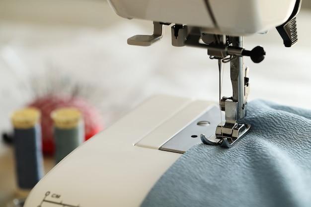 Sewing machine working Free Photo