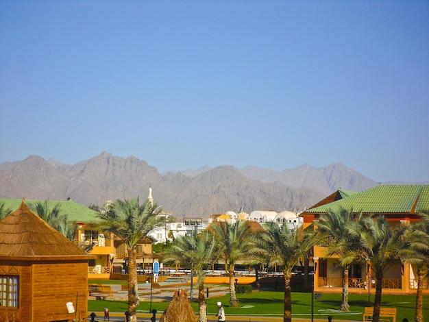 Шарм-эль-шейх, египет. вид на роскошный отель aqua blu sharm Premium Фотографии