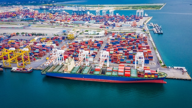 Shipping unloading container cargo terminal port on the sea business transportation Premium Photo