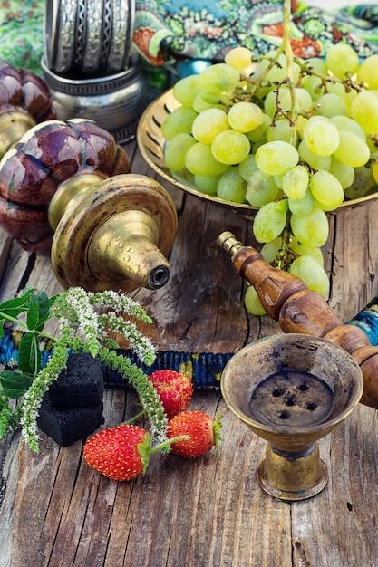 Shisha with  fruity aroma Premium Photo