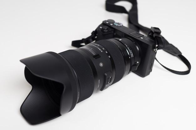 Сигма 18-35 1,8 объектива крупным планом Premium Фотографии