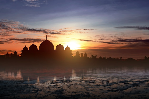 Silhouette of a mosque Premium Photo
