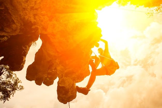 silhouette of mountain climber at riley beach, Krabi, Thailand Premium Photo